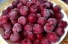 Калорийность замороженной вишни и варианты диетических сладостей с ней