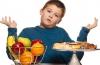 Лишний вес у ребенка: как помочь похудеть?