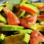 Попробуйте вкусный салат с авокадо для похудения!