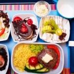 Самолетная диета: что есть в самолете и почему?