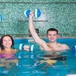 Гимнастика в бассейне для похудения: особенности
