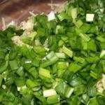 Чем полезен салат из лука зеленого для похудения?
