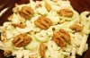 Диетические рецепты из капусты: салат с орехами