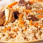 Калорийность плова с говядиной: сколько можно съесть на диете?