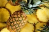 Рецепты легких салатов с ананасом: калорийность вас порадует!