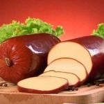 Калорийность колбасного сыра и его совместимость с диетой