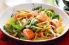 Калорийность лососятины не испортит диетического салата!
