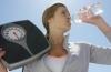 Как вода может помочь сбросить вес