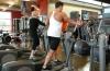 Не мучай себя упражнениями! Лучше тренироваться коротко и в помещении