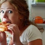 Эмоции и голод: почему мы едим?