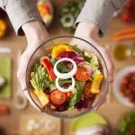 Планетарная диета: поможет ли она похудеть и спасти планету?