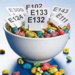 4 популярные пищевые добавки, вредные для здоровья. Узнайте, как их избежать