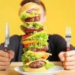 Как не переедать? Ешьте медленнее и осторожнее