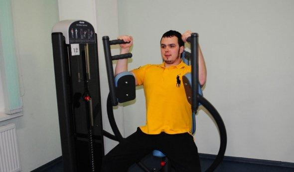 занимаясь на тренажерах можно похудеть