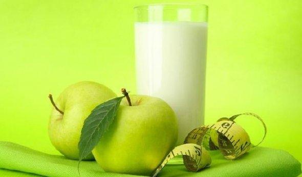 Похудела яблоках на одних сидя