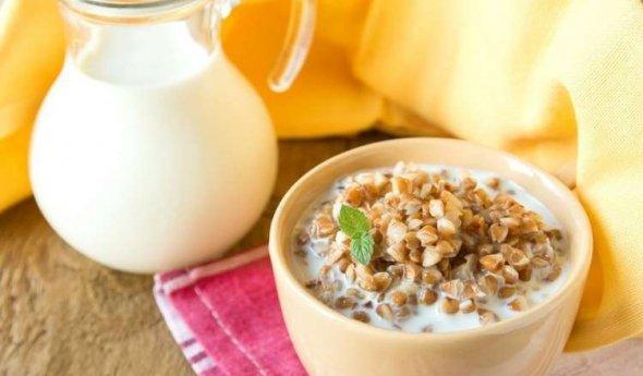 Чем полезна гречневая каша с молоком