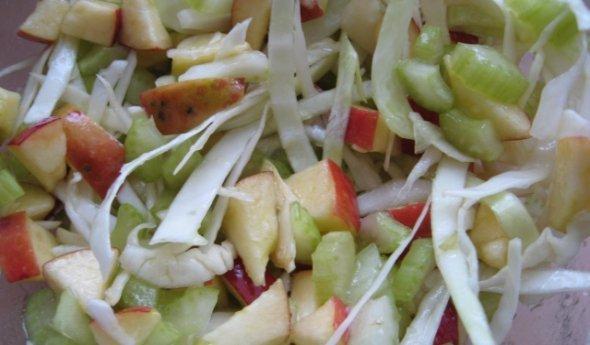 Если есть для похудения одним салаты овощные