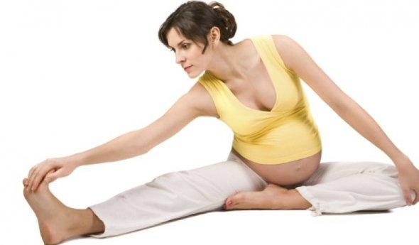 Какая поза подходит для беременных 23